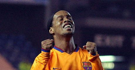 Ronaldinho could have City option