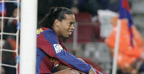 Ronaldinho: Not looking for a move