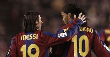 Messi: Ronaldinho plea