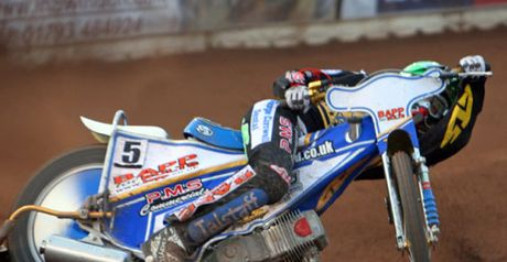 Simon Stead: Has joined Leicester