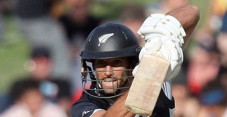 Elliott: second ODI half-century sealed New Zealand's win