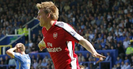Bendtner: Open to new deal