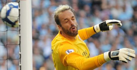 Almunia: Wants six wins