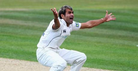 Tahir: signed by Warwickshire