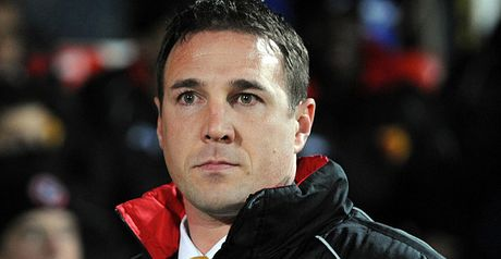 Mackay: Closing on defender