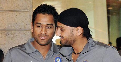 Admiration: Dhoni (left) and Harbhajan