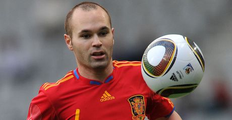 Iniesta: Thigh problem