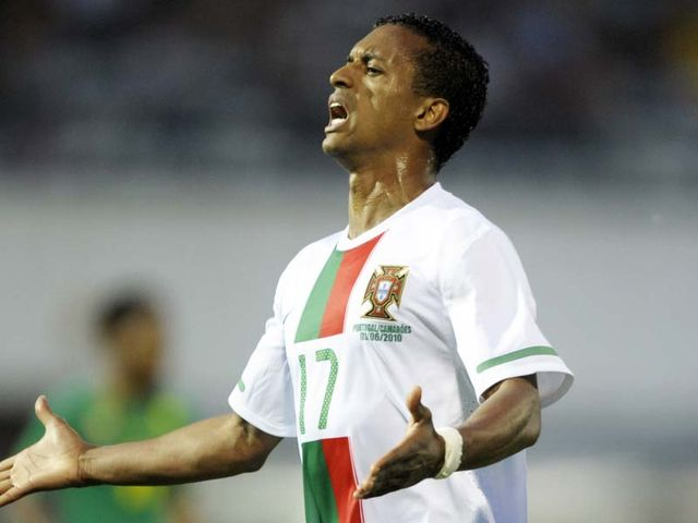 Nani - rocked by collarbone injury