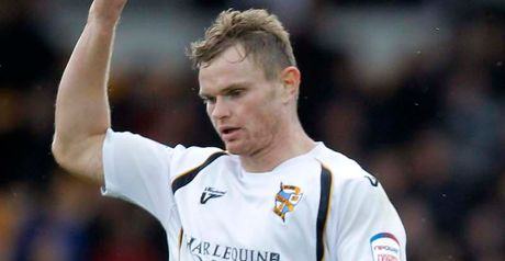 Sutton: Mansfield move