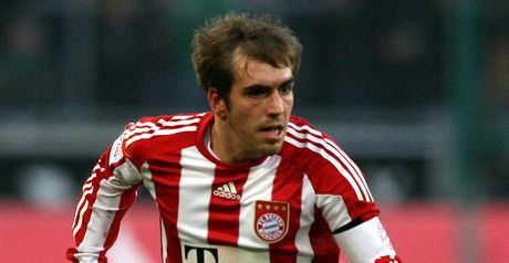 Lahm: Against summer WC in Qatar