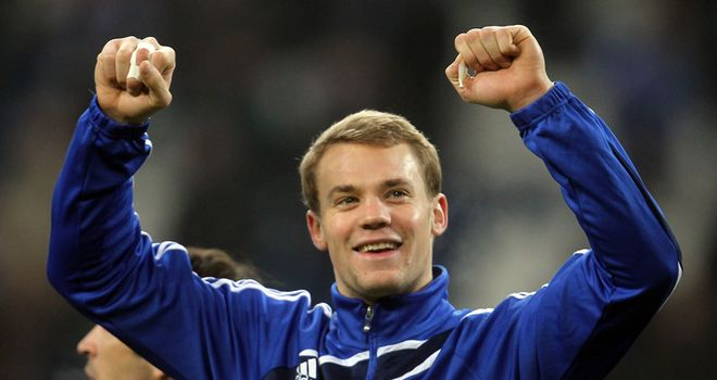 Neuer: Schalke don't need to sell