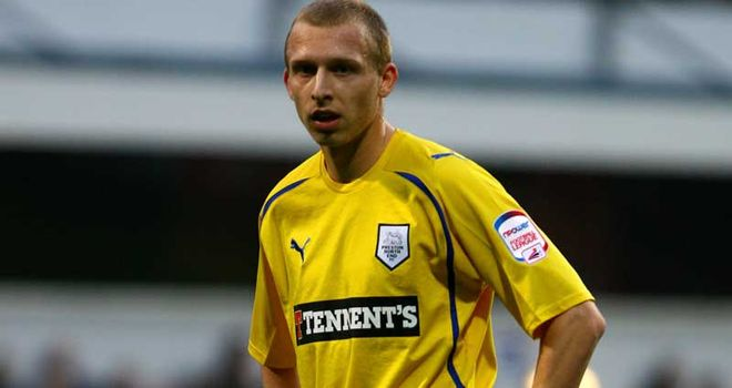 De Laet: Staying at Deepdale