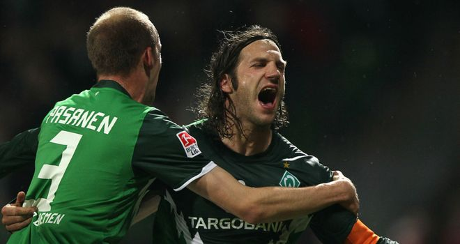 Frings: Has questioned the attitudes of younger players