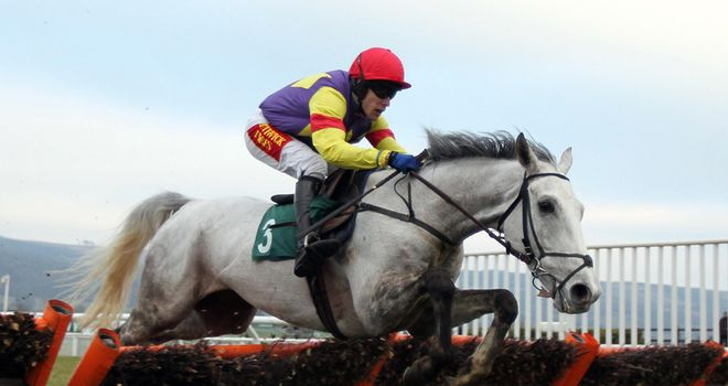 Grands Crus: Easy winner of Cleeve Hurdle
