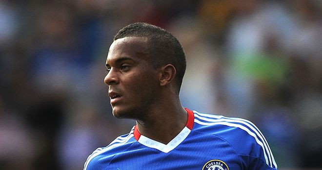 Bertrand: Chelsea youngster has to bide his team behind Cole