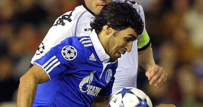 Raul: On target for Schalke