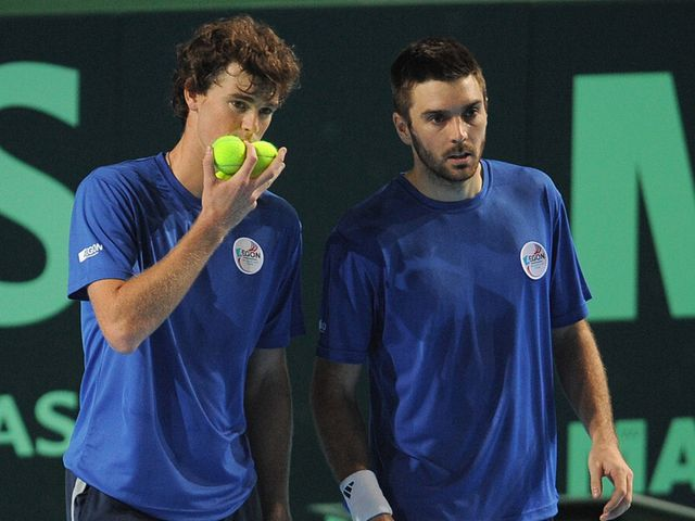 Murray and Fleming: Through to the last eight