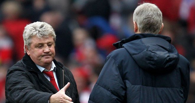 Steve Bruce: Believes Arsene Wenger has done a fantastic job at Arsenal