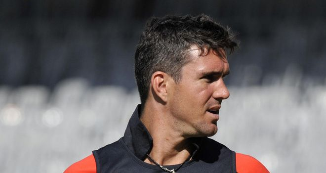 Pietersen: Injury setback