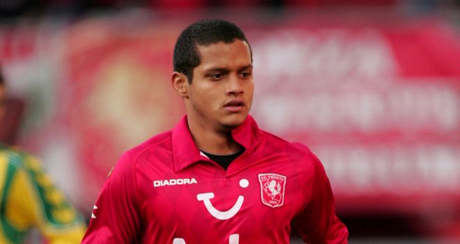 Roberto Rosales: FC Twente right-back is a target for Newcastle, according to his agent