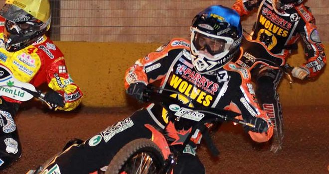 Woffinden: enjoying his Speedway again (pic credit Claire Swatman)