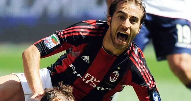 Mathieu Flamini: Has been freed by AC Milan
