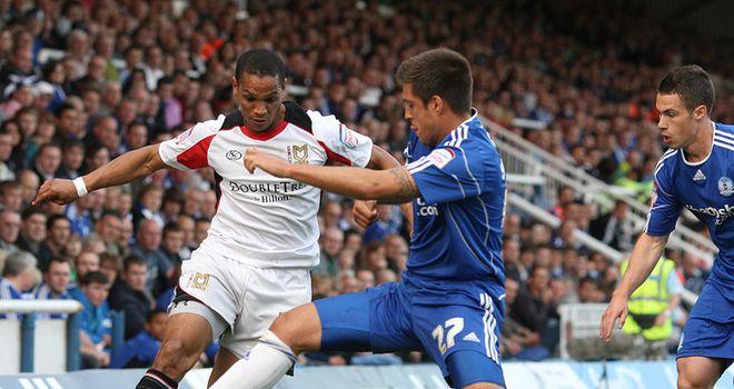 Basey: Wycombe loan move