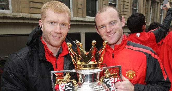 Rooney: Sad to see former United team-mate Scholes quit playing