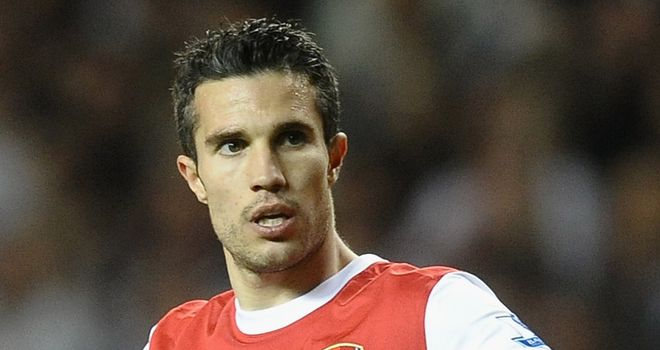 Van Persie: Wants Arsenal to spend this summer