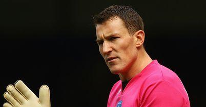 Jamie Ashdown: Pens short-term deal at Crawley