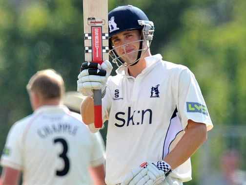 Chris Woakes: Century for Warwickshire