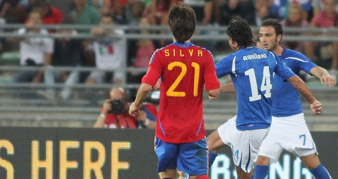 Aquilani: Fires home winner for Italy
