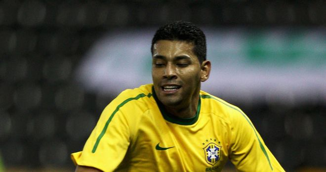 Andre Santos: Arsenal full-back's absence from the national team explained by coach