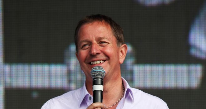 Brundle: announces Sky move