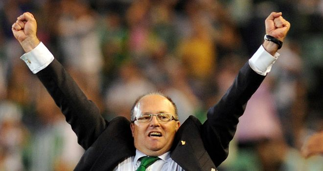 Pepe Mel: Extends his contact with Betis