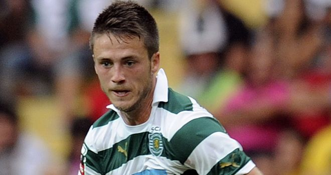 Ricky van Wolfswinkel: Being tracked by Manchester United