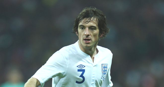 Leighton Baines: Everton defender knows that Ashley Cole will be hard to displace for England