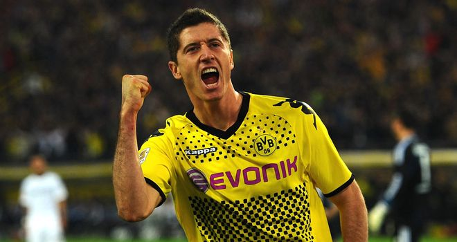 Robert Lewandowski: Has distanced himself from talks over a new deal by insisting he just wants to concentrate on football