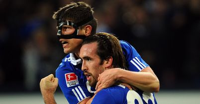 Christian Fuchs: Under contract at Schalke until the summer of 2015