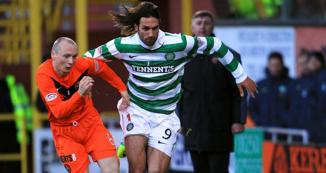 Flood and Samaras: Tussle for possession
