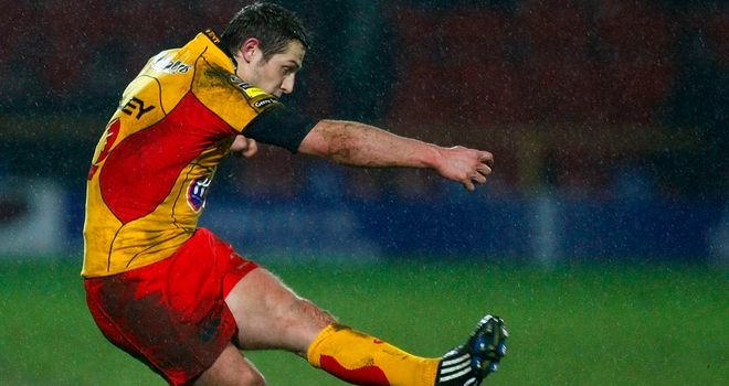 Jason Tovey: Welsh fly-half will move from Newport to Cardiff