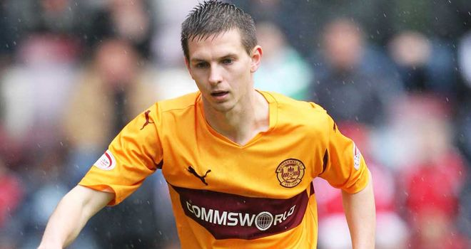Steven Saunders: Still on sidelines for Motherwell