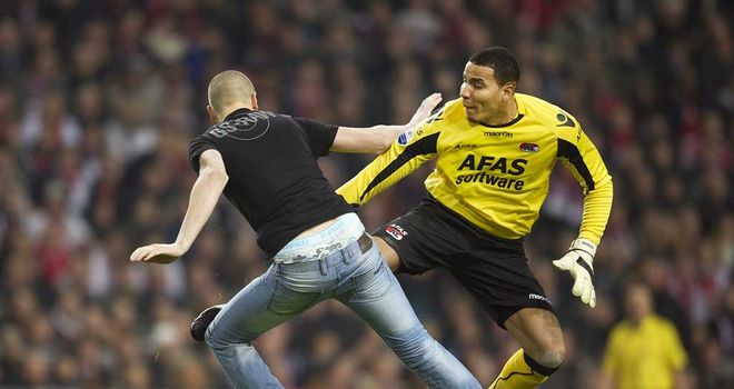 Esteban Alvarado: Retaliated after being attacked by fan as Dutch Cup game descended into chaos