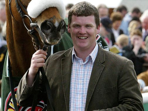 Gordon Elliott: Trains Tharawaat