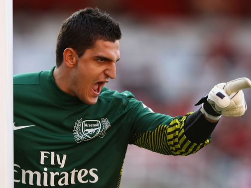 Vito Mannone: Focusing on his staying in the team