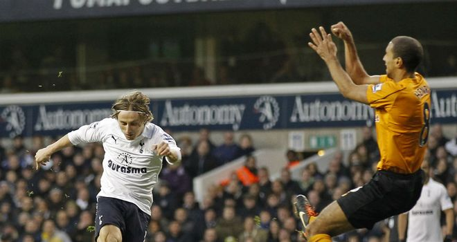 Luka Modric: Tottenham midfielder would 'fit in' at Real Madrid, according to Aitor Karanka