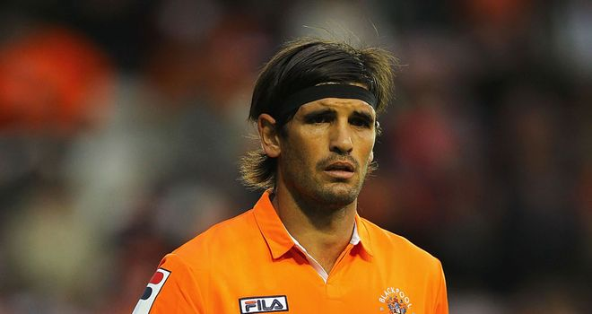 Llera: In switch to Owls