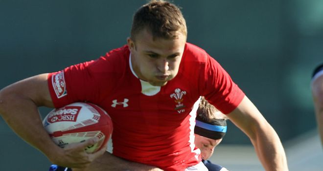 Tom Prydie: Wales international joining Wasps on loan