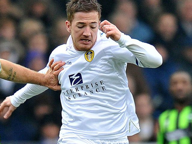 Ross McCormack's header gave Leeds victory