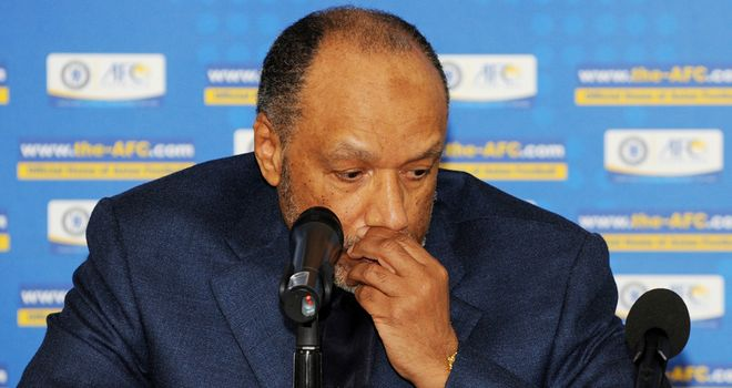Mohamed Bin Hammam: Resigned from all positions and banned for life by FIFA
